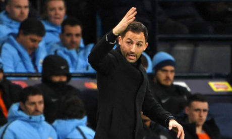 Schalke coach Domenico Tedesco has ruled out resigning despite Man City mauling (AFP)