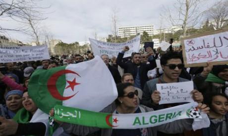 Algerian demonstrators in France