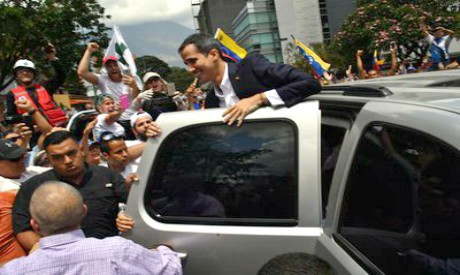 Opposition leader Guaido makes triumphant return to Venezuela