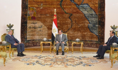 Abdel Fattah El Sisi and Abbas Kamel with Khalifa Haftar