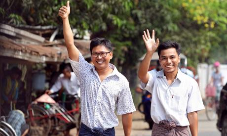 journalists Wa Lone (L) and Kyaw Soe Oo