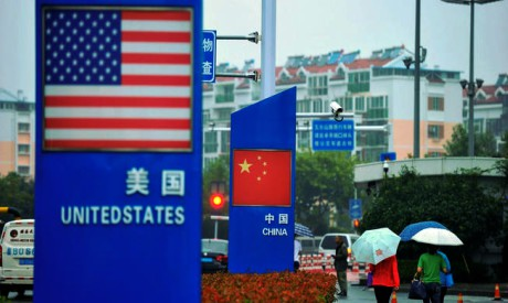 US flag and Chinese flag