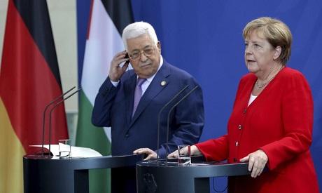 Merkel meets Palestinians