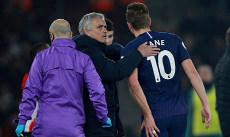 Tottenham Hotspur manager Jose Mourinho with Harry Kane as he goes off injured (Reuters)