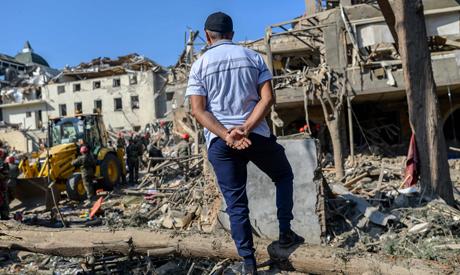 Caucasus war stirs Middle East identity debate