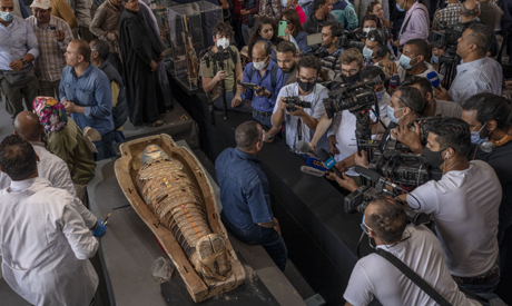 Ancient coffins containing mummies discovered in necropolis