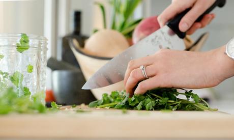 Breaking unhealthy kitchen habits
