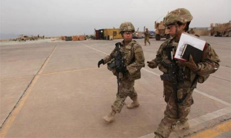 File Photo: US army soldiers walk at the Qayyarah West Airfield, Iraq March 1, 2017 (Photo: Reuters)