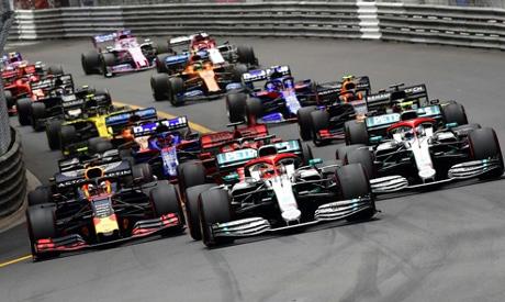 World champion Lewis Hamilton leads last year