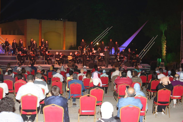 The Cairo Opera House launched activities on Thursday at the Fountain Theater with a classical Arab