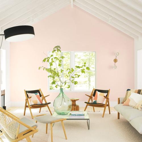 Benjamin Moore First Light lighting up the space