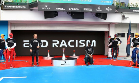 Lewis Hamilton knelt ahead of the Hungarian Grand Prix but criticised the way Formula One organised