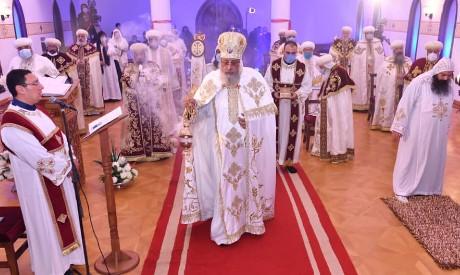 Pope Tawadros II leads Christmas mass