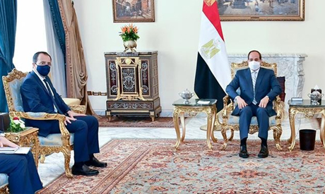 Egyptian President Abdel-Fattah El-Sisi and Cypriot Minister of Foreign Affairs to Cairo