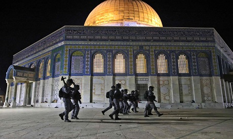 Israeli police deploy next to the Aqsa Dome of the Rock mosque. AFP