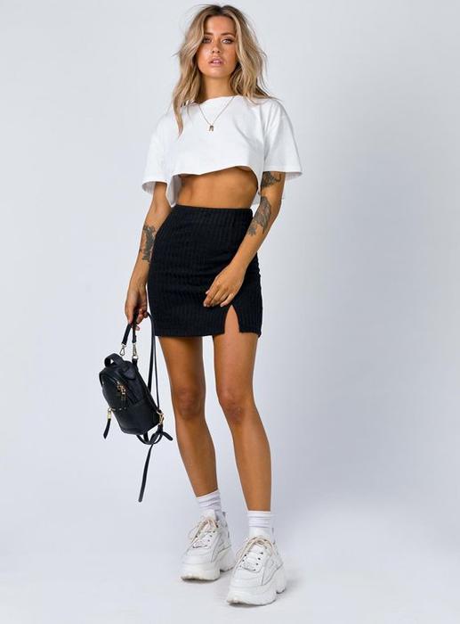 Mini-pencil skirt
