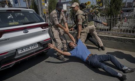 Shiite Muslim Detained in Kashmir