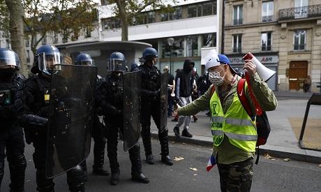 Vaccines protests in Paris